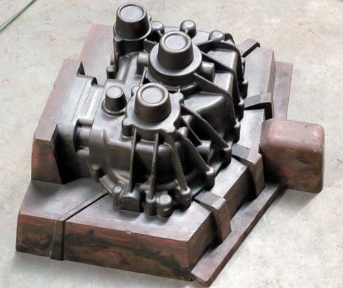 Модель для ручной формовки детали «Картер КПП». Материал— Obomodulan 652. Заказчик— НТЦ ОАО «КамАЗ» (г.Набережные Челны)